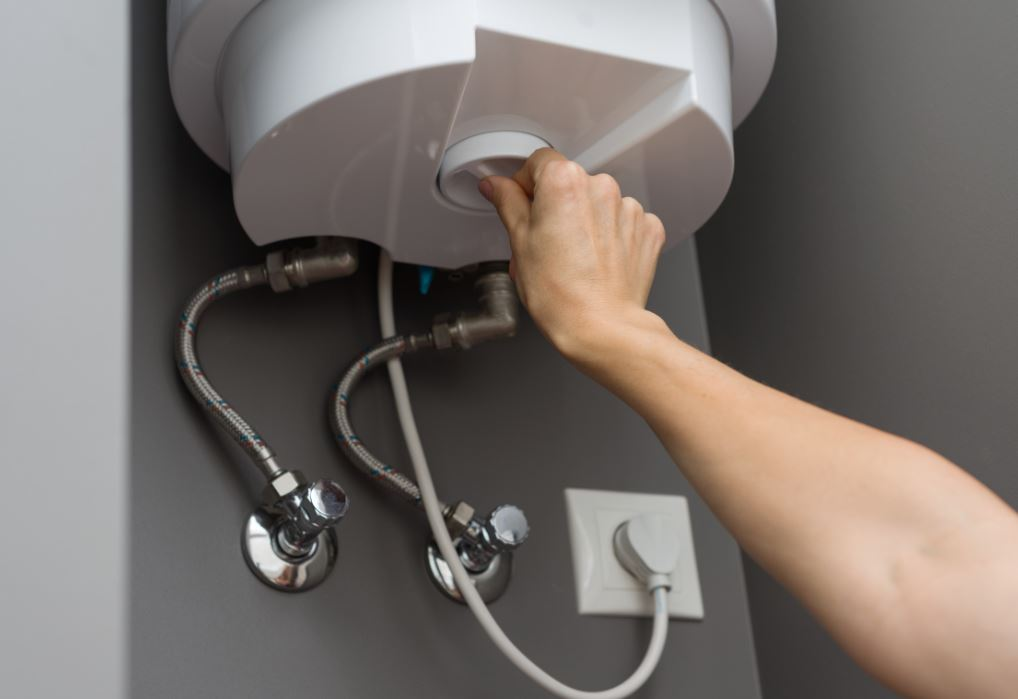 Know how to do a water heater repair by yourself.
