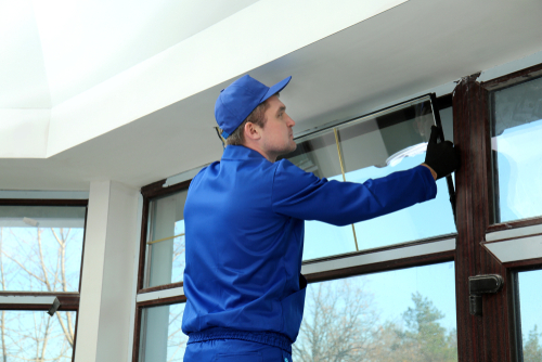 Custom window installers are highly trained.